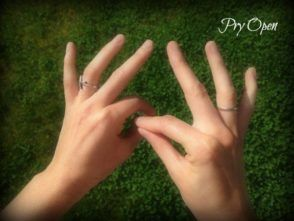 dowsing with fingers pry open